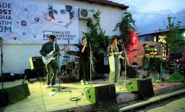 Izložba i koncert u Dorćol Platzu