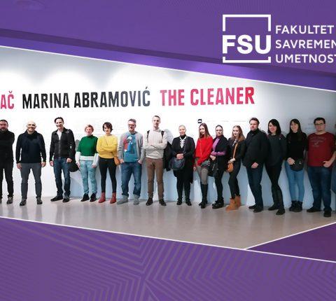 """Studenti FSU na izložbi """"Čistač"""" Marine Abramović"""